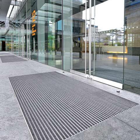 tapis accueil et passage tapis de passage tapis d 39 entr e. Black Bedroom Furniture Sets. Home Design Ideas